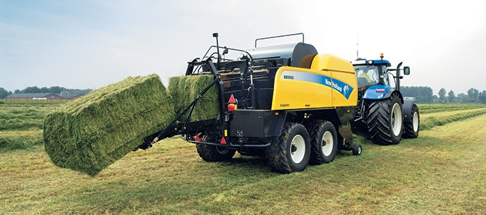 on-the-move-bale-weighting-system-new-holland-excellence