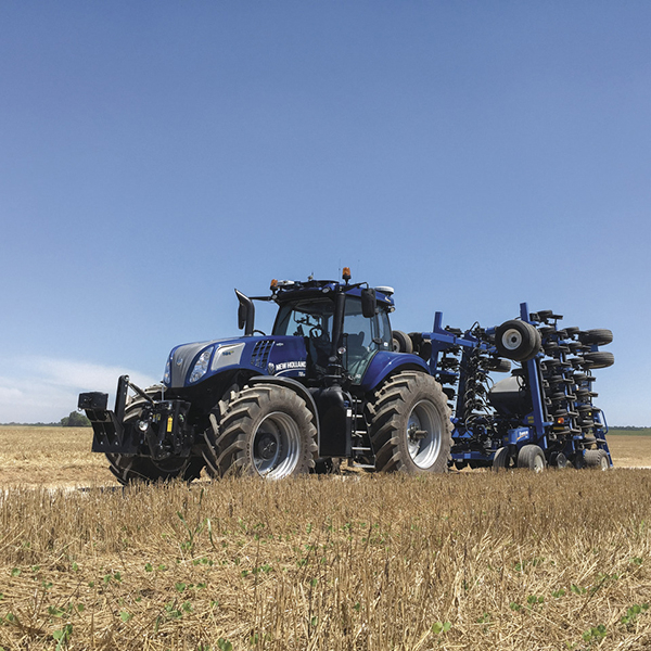 new-nh-hydrogen-tractor-awarded-at-sima-new-holland-agriculture-history-2009